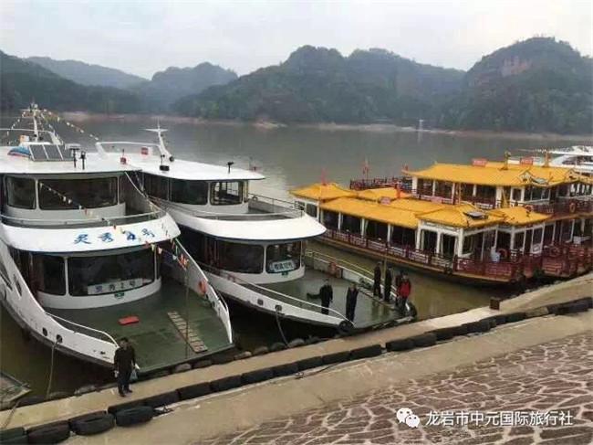 9月16日¥399起 泰宁大金湖(自理)、尚书第、九龙潭竹筏漂流汽车2日游