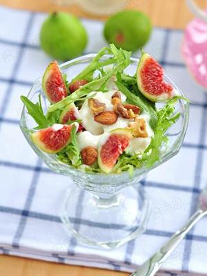 水果蔬菜沙拉作为一种健康的饮食方式受到人们的追捧,今天推荐的这款