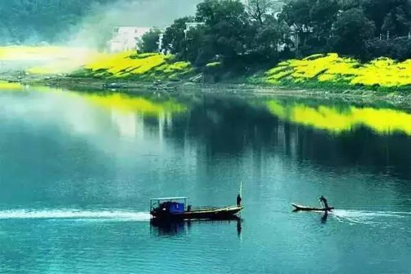 千年小村庄,独特中国风春天最美